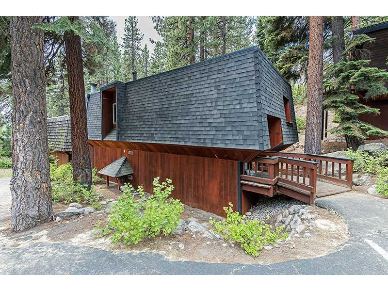 FIND LUXURY CONDOS FOR SALE IN INCLINE VILLAGE LAKE TAHOE NEVADA